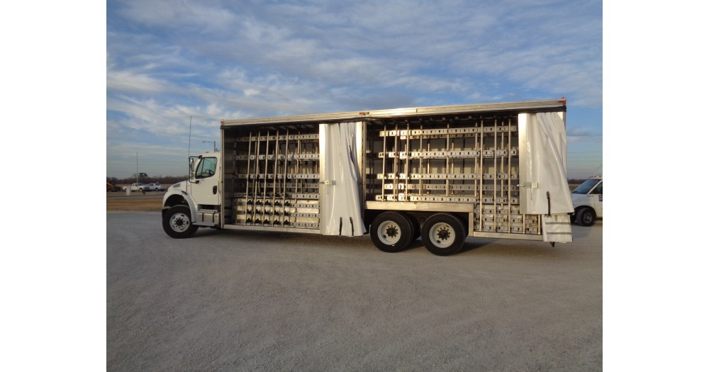 Unruh Fab Kansas Glass Transporting 30' Stainless Tarp Body 30