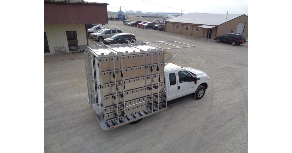 Unruh Fab Kansas Glass Transporting Workhorse Aluminum Enclosed Body 16